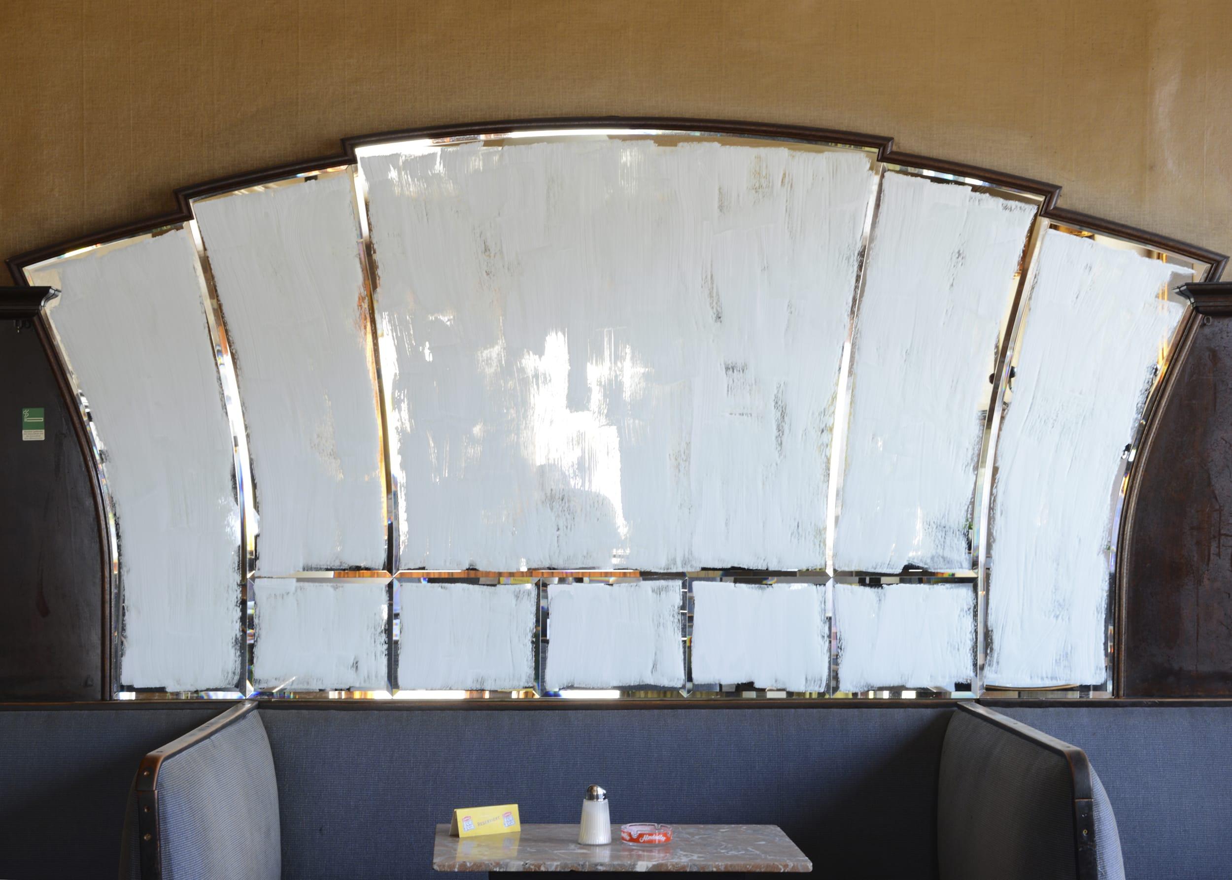 Katharina-Stiglitz-Untitled-Cafe-Weidinger-02